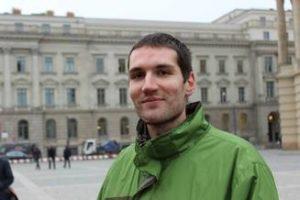 protestul-poetilor-andrei-dosa-refuza-premiul-icr-donati-banii-lui-hrusca-fanfarelor-calusarilor